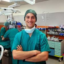 دانشجوی ایرانی در مدرسه پزشکی ایتالیا